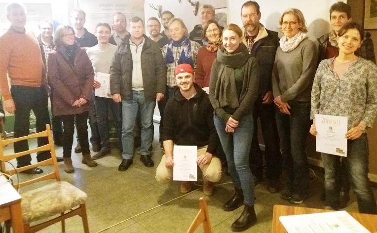 Die erfolgreichen Teilneher des Sachkunde-Nachweises Honig gemäß D.I.B. am 19.01.2019 in Asbach-Schöneberg.